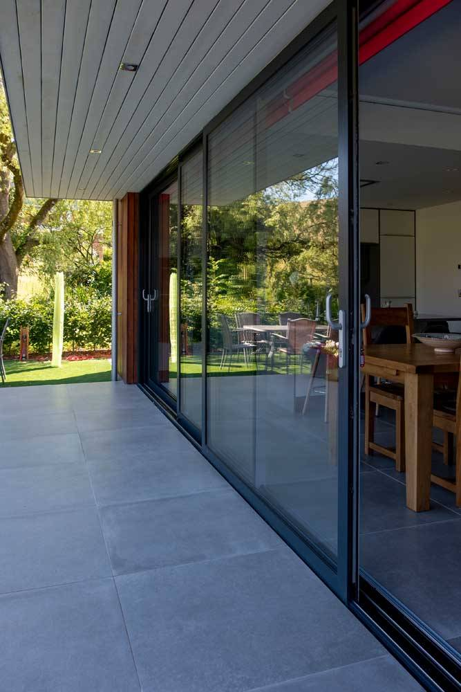 side view of aluminium large sliding doors